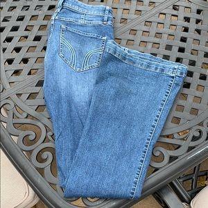 Hollister 70's flare blue jeans sz 28/7R (L33)